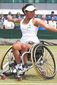 女子車いすテニスの上地結衣選手1