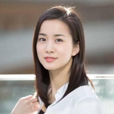 エレナビCM女優3